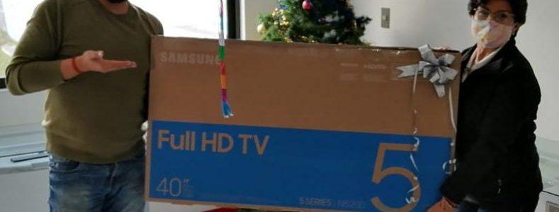 ¡Ganadoras de una Smart TV!